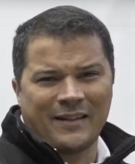 "<a href=""https://www.youtube.com/watch?v=lbCE3GwUbeA"" target=""_blank"">Eduardo Martínez</a>"